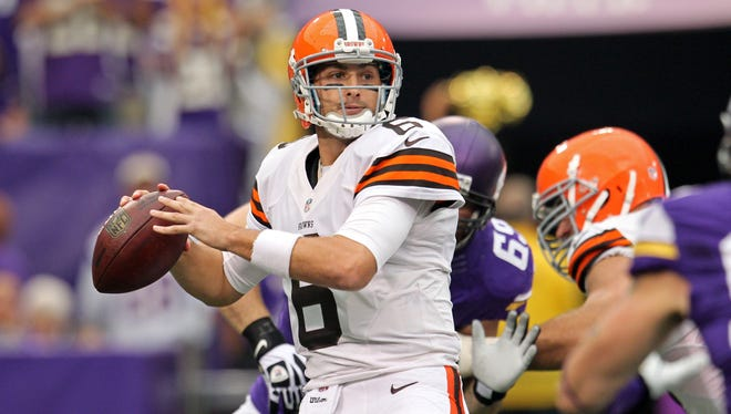 Browns quarterback Brian Hoyer earned a second straight start this week with his play on Sunday against Minnesota.