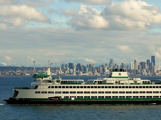 Seattle-Skyline-Bainbridge-FILE01.JPG