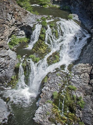 Jenny Creek Falls in the Cascade Siskiyou National Monument