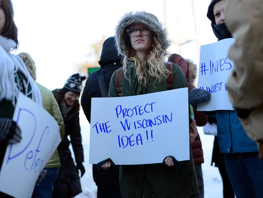 ES_GPG_UW Students Against Education Cuts rally_3.4.15