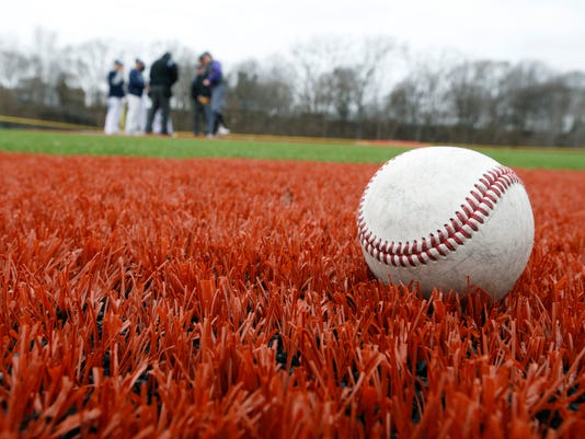 636596763165637653-Baseball-turf-04.jpg