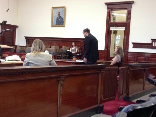 -bracco in court.jpg_20140610.jpg
