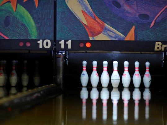 bowling2.JPG