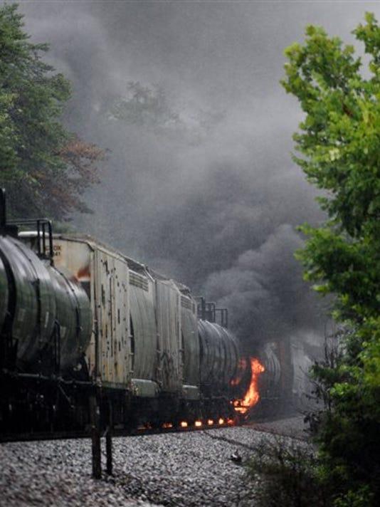 APTOPIX Tennessee Train Fire