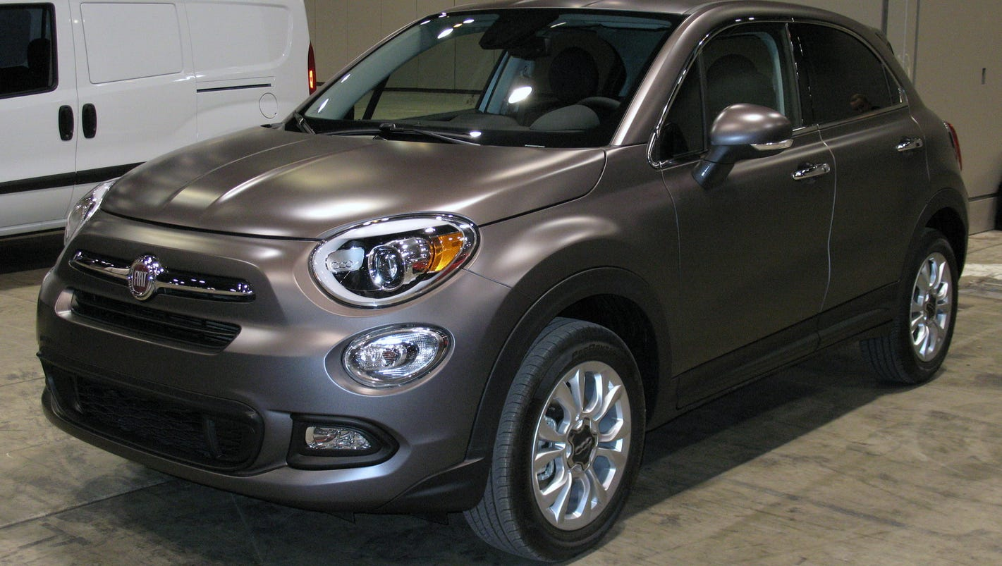 2016 fiat 500x has economical versatility. Black Bedroom Furniture Sets. Home Design Ideas
