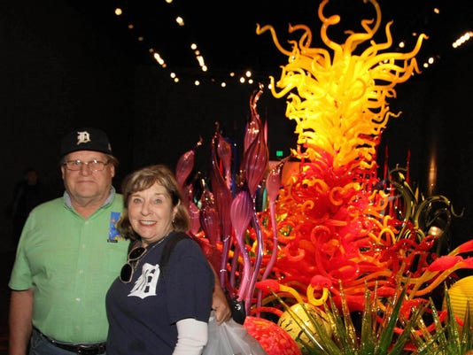 636351331221367064-ChihulyGardenAndGlass-Seattle.JPG