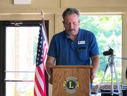 Greg Householder, North Knox Lions Club president,