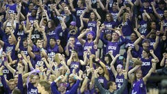 """GCU's """"Havocs"""" student section cheers before the Antelopes"""