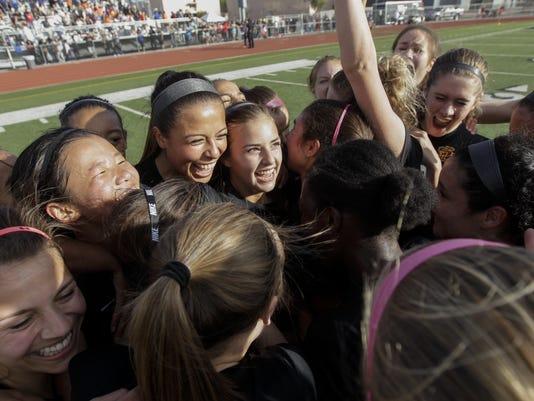 4A soccer_Thunderbird vs Salpointe Catholic girls