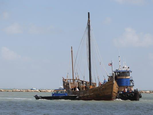 La Nina replica ship