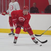 Why Detroit Red Wings will keep top prospects line for training camp