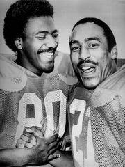 Jamie Williams (left) and Roger Craig were teammates
