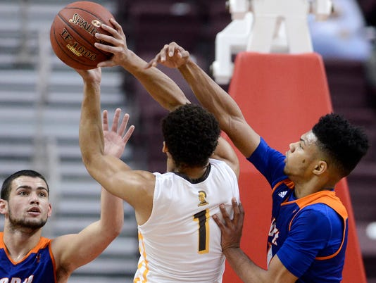 Milton Hershey vs York High in District 3, 5-A basketball championship