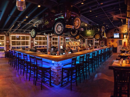 Ford s garage restaurant coming to dearborn for Garage ford paris 11