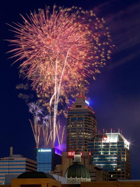 -1_Fireworks.jpg_20140704.jpg