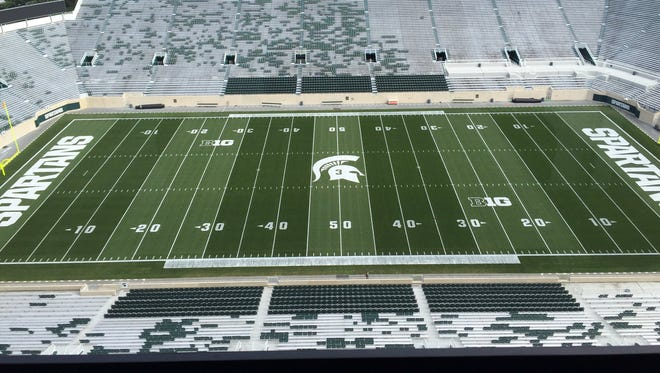 As part of the hall of fame induction this weekend, Michigan State University will honor Mike Sadler with his #3 at midfield in Spartan Stadium.