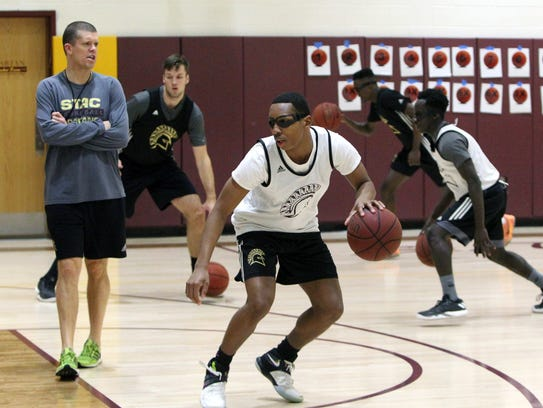 sparkill men St thomas aquinas college provides students with the opportunity to participate in college athletics at the division ii, varsity, club, or intramural level located in sparkill, new york, stac is home to 20 ncaa dii men's and women's teams, plus varsity level sprint football and women's triathlon.