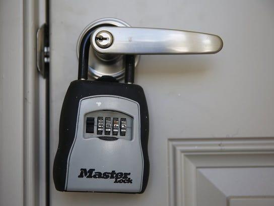A new home key padlock
