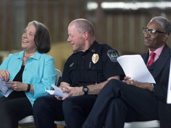 Knoxville Mayor Madeline Rogero and Knoxville Police Chief David Rausch at the groundbreaking of the Change Center.