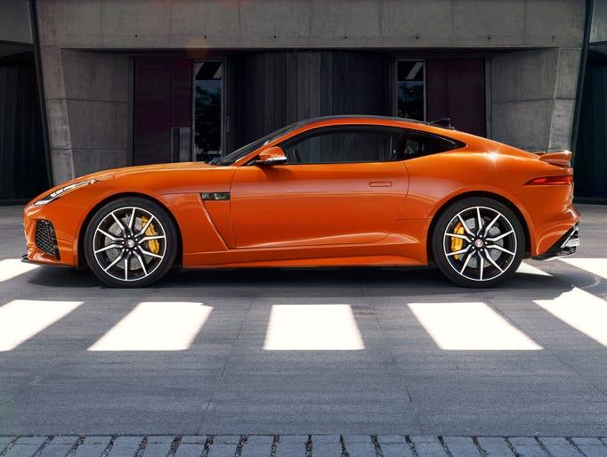 jaguar shows 575 horsepower f type svr sports car. Black Bedroom Furniture Sets. Home Design Ideas