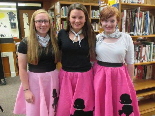 636110981331272162-Ari-B-Lydia-J-Savannah-S---in-poodle-skirts-016.jpg.jpeg