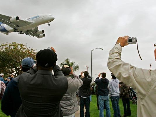 -AIRBUS A380 2.jpg_20070319.jpg