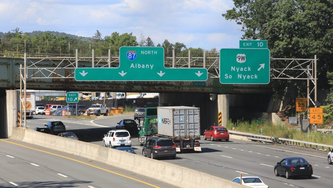 A view of Route 9W over New York Thruway where a 37-year-old Hamden, Conn., woman jumped from an I-87 Exit 10 ramp overpass and was seriously hurt in South Nyack on Aug. 28, 2014.  (Carucha L. Meuse / The Journal News)