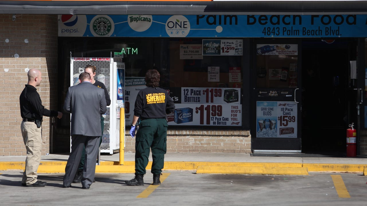 Clerk found dead inside Fort Myers gas station