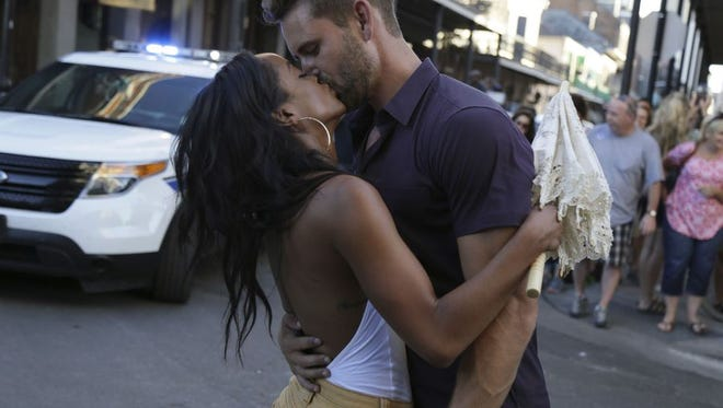 "Waukesha native Nick Viall and Rachel enjoy a one-on-one date in New Orleans on ""The Bachelor."""