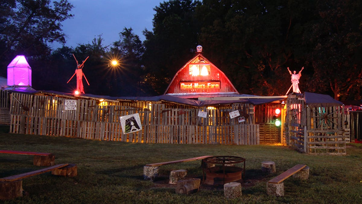Halloween 2018 7 East Tennessee Haunted Houses To Visit For Scares