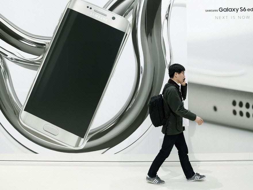 Samsung unveiled its latest phone in its battle with Apple - the new Galaxy S6 - at the Mobile World Congress in Barcelona this week.