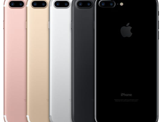 636093073181750520-iPhone7Plus-Lineup-PB-PR-PRINT.jpg