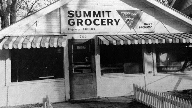 Summit Grocery served its neighborhood until 1982.
