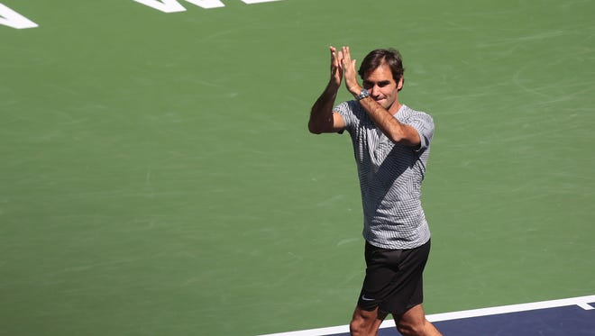 Roger Federer thanks fans and the crowd after Nicholas Kyrgios withdraws due to illness. (Mar. 17, 2017)