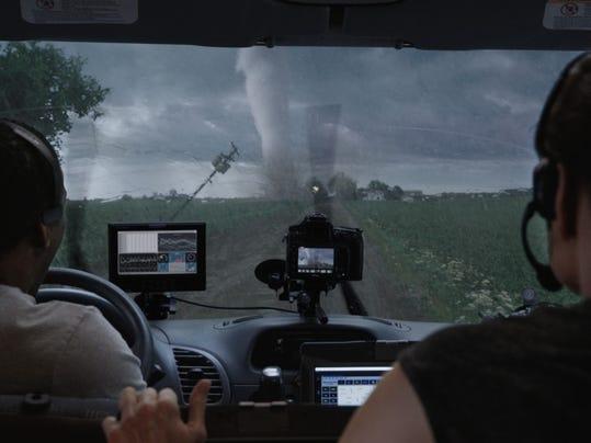 -Into-The-Storm-8.jpg_20140806.jpg