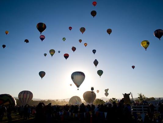 636331418300419551-BalloonRace-Sunday-001.jpg