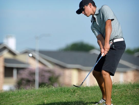 Crowell freshman Seth Bearden, seen here playing in the Texas-Oklahoma Junior Golf Tournament last summer, is in second after the first round of the Class A State Tournament on Monday.