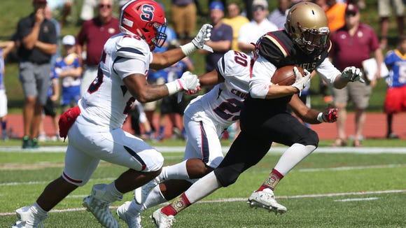 Stepinac defeated Iona 42-34 in football action at