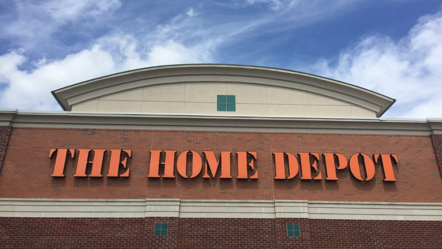 Home depot worker charged with theft for R home depot