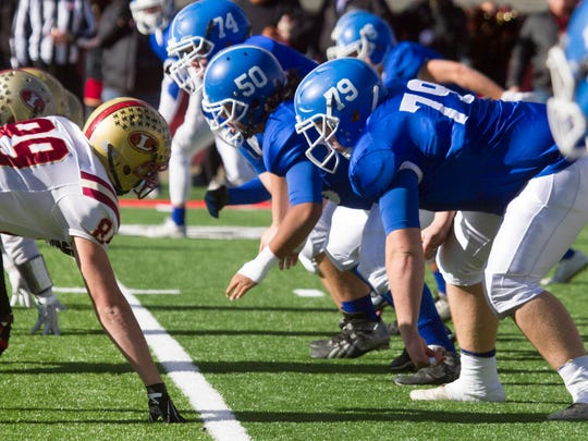 Dixie High takes on Logan at the 3AA State Football Championships Friday, Nov. 20, 2015.