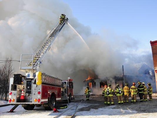 636514405881855031-Berville-fire5.jpg