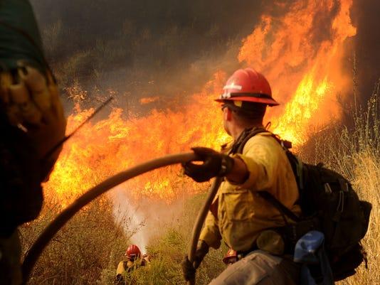 Thomas-Fire-day-6-JC-3.jpg