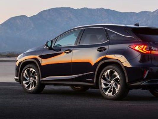 636110484662765189-2016-Lexus-RX-450h.jpg