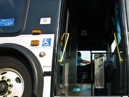 del.city.bus