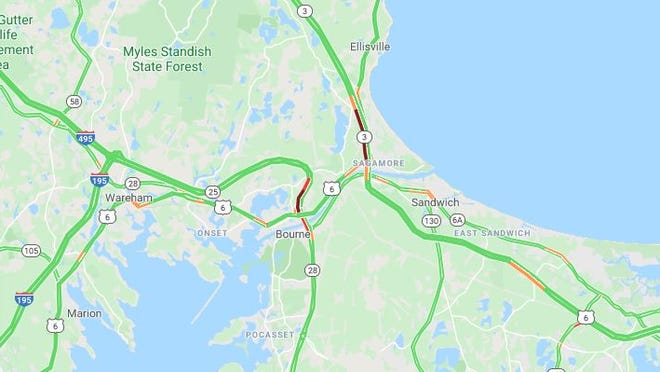 Traffic backed up on Cape bridges Friday morning