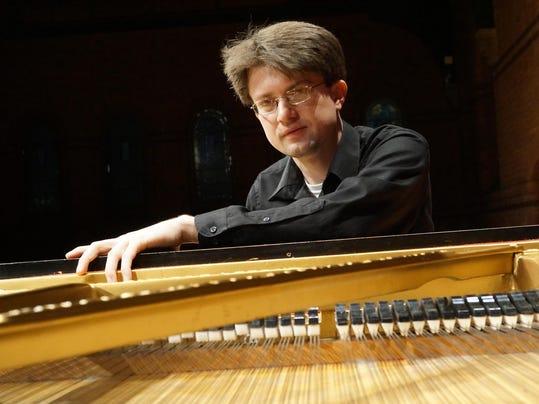 LEDE - 04-15 RyanMcCullough-piano