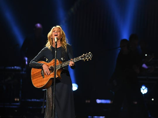 Hill and McGraw are preparing to release a collection of duets.