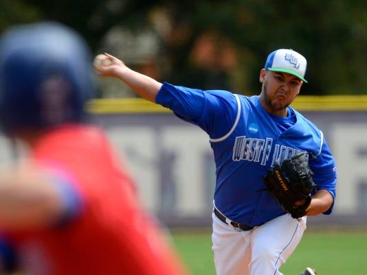 UWF Baseball Granat