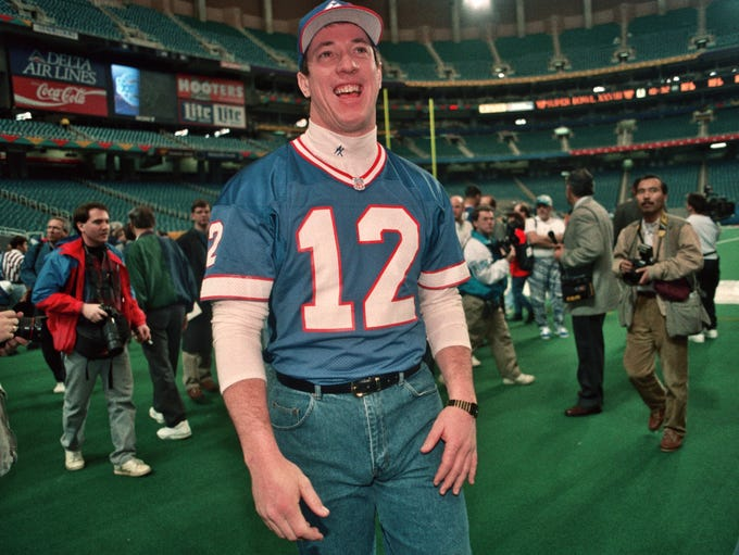 Jim Kelly on the field prior to Super Bowl XXVIII against the Cowboys at the Georgia Dome in Atlanta, Ga.