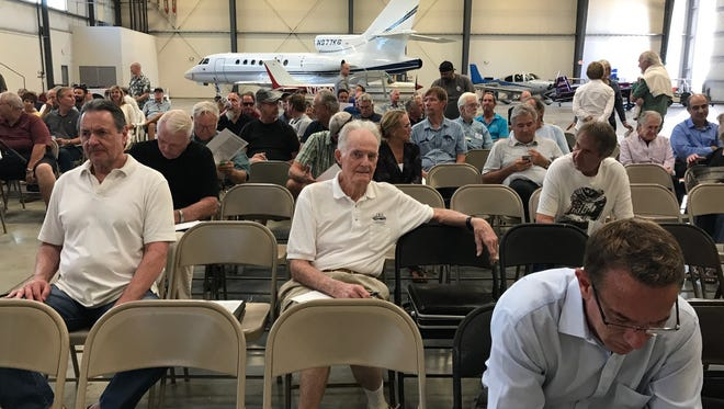 Critics of a proposed airport lease objected at a meeting at Camarillo Airport.